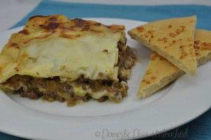 Domestic Diva: Lasagne – My Big Batch Failsafe Version with pizza garlic bread.