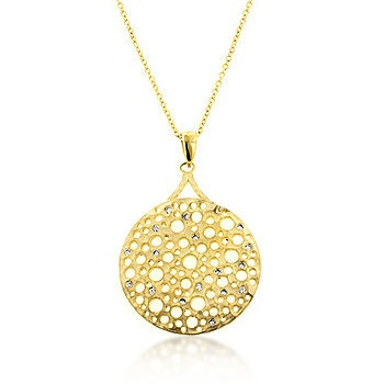 Simple Classic pendant that can go with anything. Love it!!