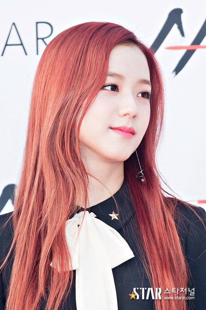 Kim Jisoo... Why aid she so perfect