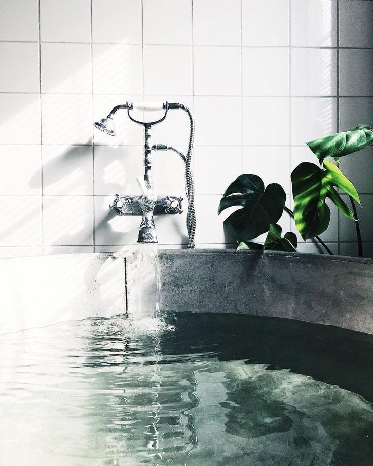 """2,825 gilla-markeringar, 9 kommentarer - Johanna Ljungqvist (@yayanaomi) på Instagram: """" #bathroom"""""""