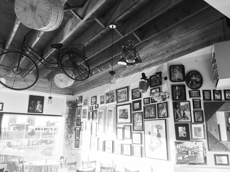 Bicycle hanging from the ceiling #tomatoshackpizza
