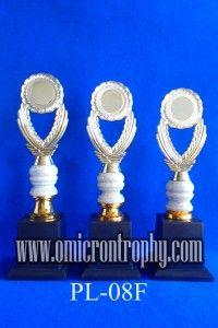 Jual Trophy Piala Penghargaan, Trophy Piala Kristal, Piala Unik, Piala Boneka, Piala Plakat, Sparepart Trophy Piala Plastik Harga Murah Sentral Produksi Piala Trophy Unik Harga Murah