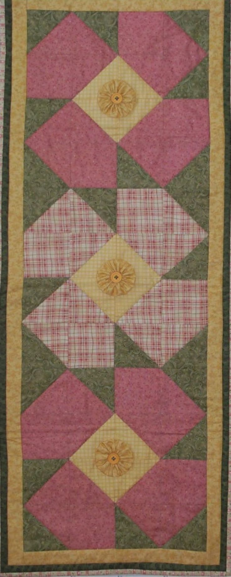Pinterest Quilting Table Runners : Lazy Daisy Table Runner Pattern Quilts For All Pinterest Runners, Summer and Flower