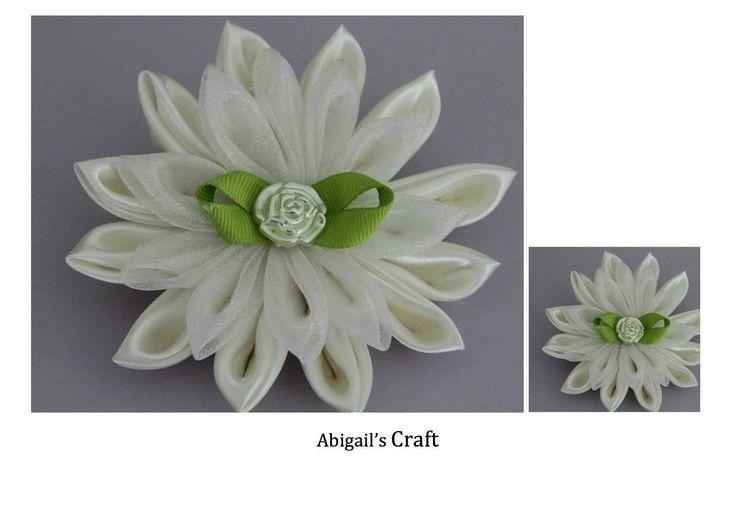 Handmade by Abigail @ Abigail's Craft Two tier kanzashi hair clip SOLD