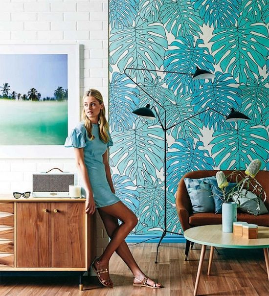 1842 - BRIGHT PRINTED WALLPAPER DONE RIGHT!