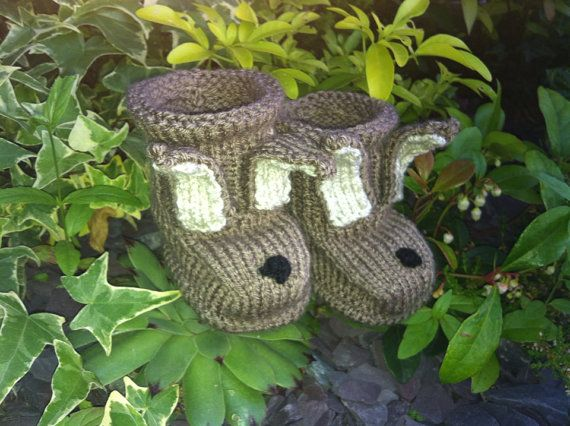 The Cutest Knitted Brown Baby Bunny Boots in by NannysVintageKnit, £6.00