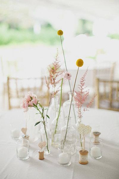 I love simple centerpieces that only have a few flower stems