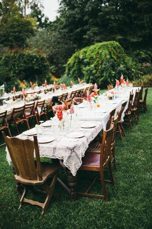 Outdoor wedding reception tablescaping..