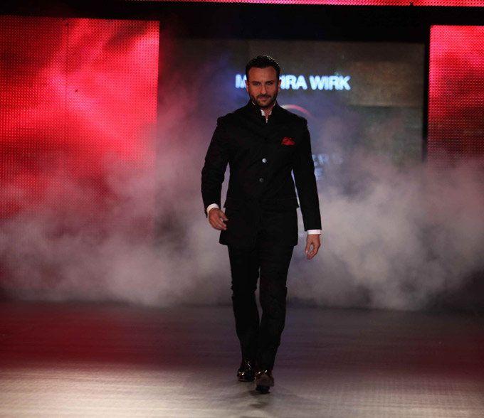 Saif walking the ramp in a classy bandhgala