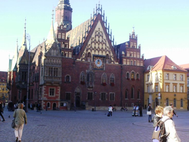 Old Town (Stare Miasto) - Main Market Square - Town Hall  #old #town #stare #miasto #town #hall #ancient #history #wroclae #poland