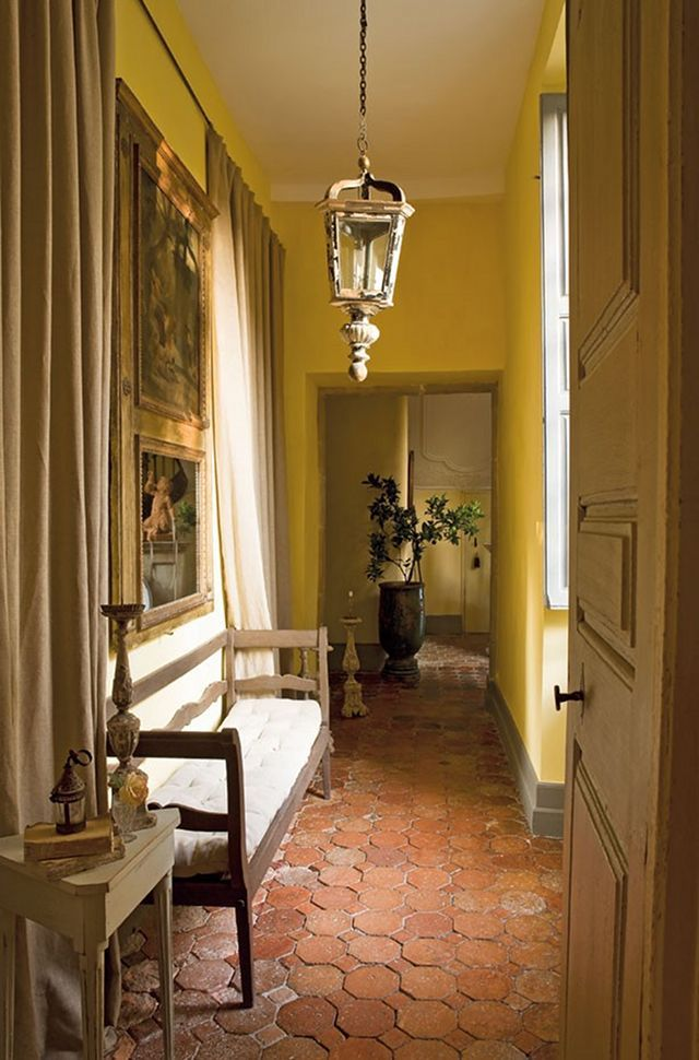 Aurélien Deleuze and his wife, Pascale, completed a careful restoration of 17th century chateau Pau, South of France. Hallway