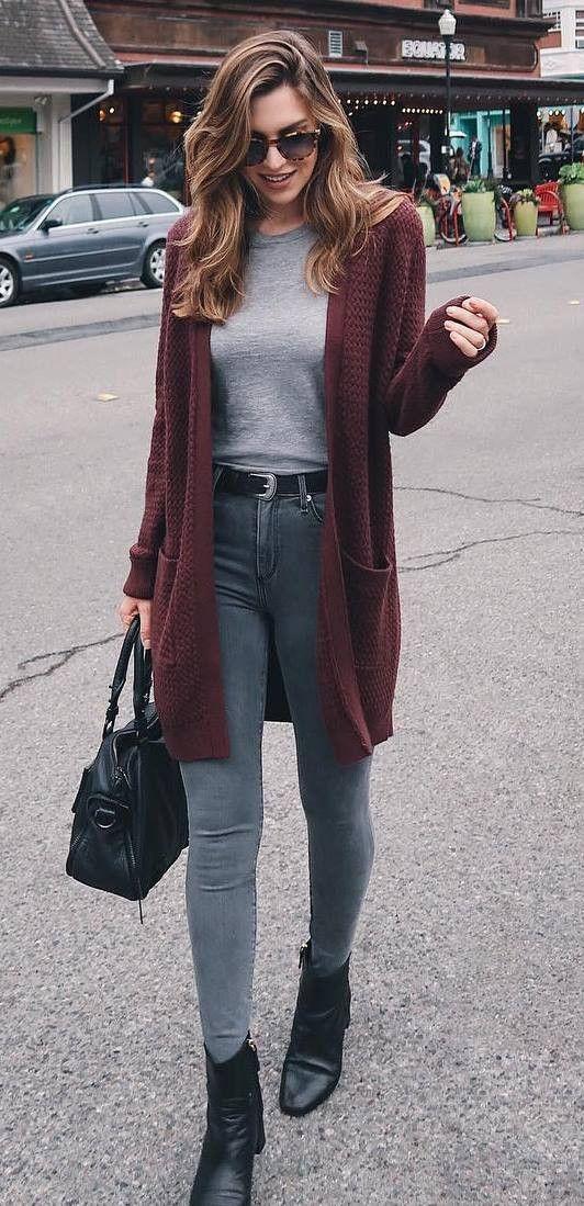 how to wear a maroon cardigan : tee + bag + skinnies + boots