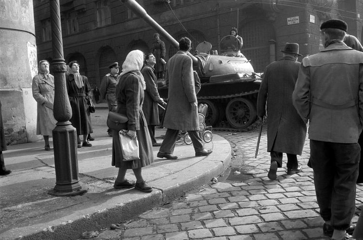 Erich Lessing - Budapest. 1956.