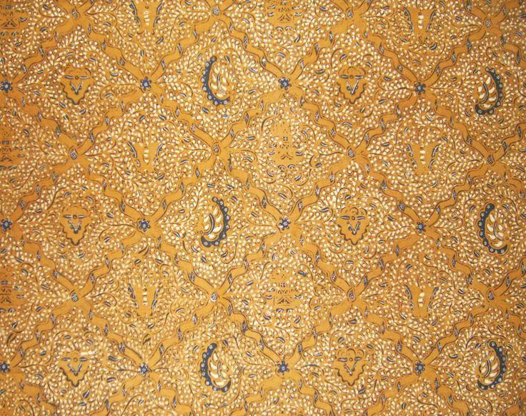 Sida Mukti, yang mengandung harapan untuk mencapai kebahagiaan lahir dan batin. Biasanya digunakan sebagai kain dalam upacara perkawinan.