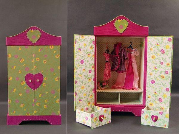 Armoire poupee en cartonnage baby-doll atelier de l'oncle Pol