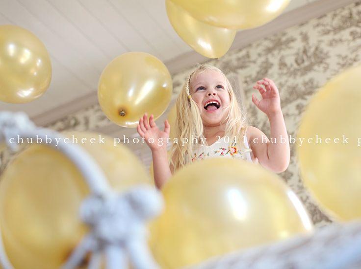 IMG_1106copylsi: Cheeks Photography, Birthday Balloon, Awesome Angles, Birthday Shoots, Kids Photos, Balloon Birthday, Birthday Photos, Balloon Happy, Balloon Photoshoot