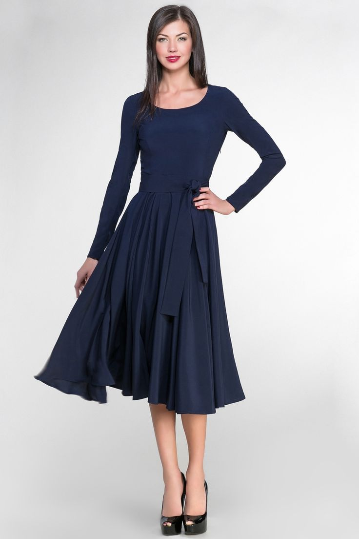 Расклешенные темно-синие платья длины миди