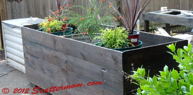 DIY: Up-cycled/Re-purposed Deck Planter Box - Scattermom | Our Outside |  Pinterest | Planters, Diy planter box and Box