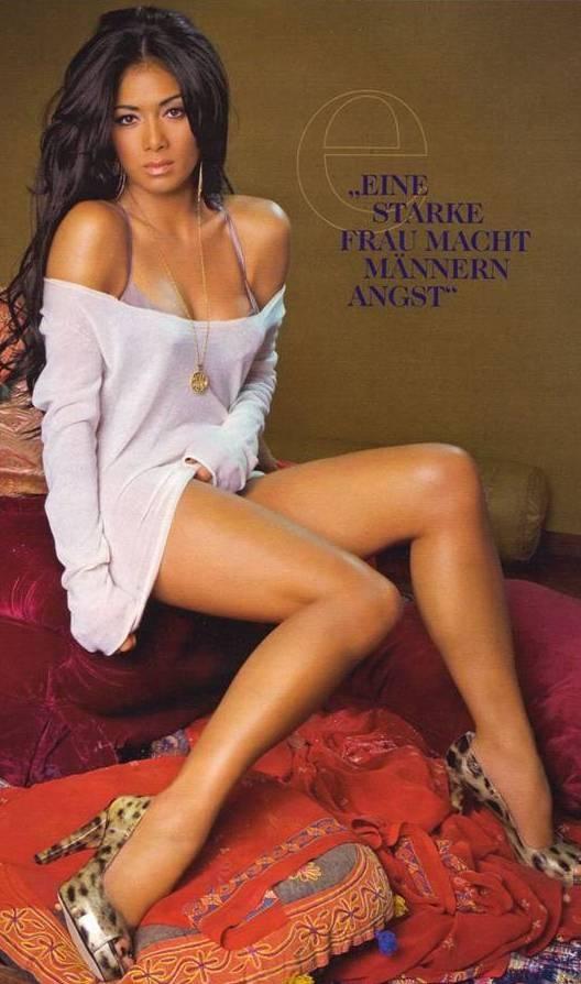 Nicole Scherzinger Hot... Nicole Scherzinger