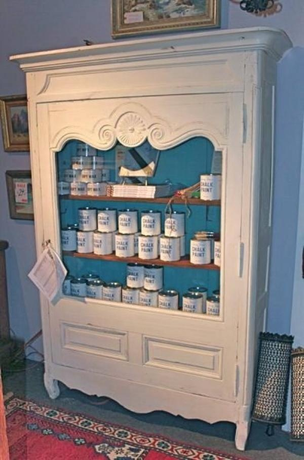 Annie sloan chalk paint now available at baglady boutique