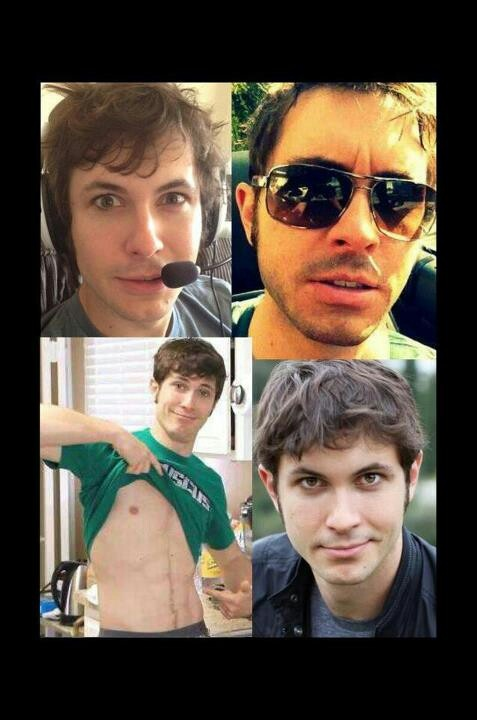 Toby Turner = hothothothothothot!But when I looked at the animations h doesn't have any abs.Well,I guess he was just doing that to make Gabebuscus look better.