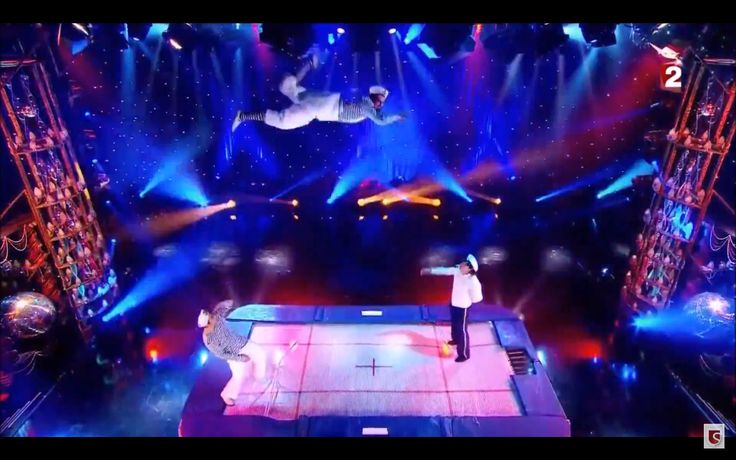 Professional trampoline show