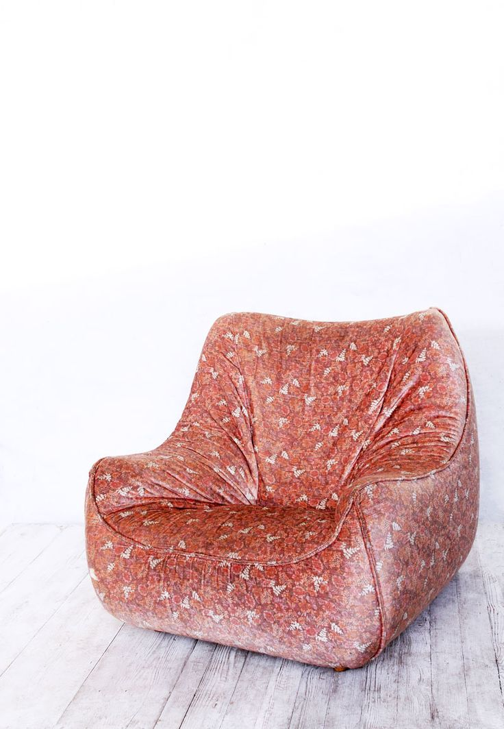 We Found This Vintage French Version Of A Beanbag Chair Irresistible Its Pink Velvet Cover