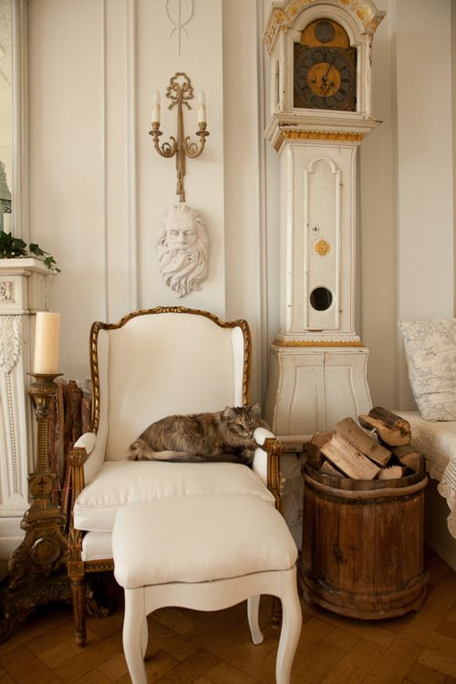 ZsaZsa Bellagio: Interior Design, Paris Apartment, Ideas, Cats Meow, Chicago Apartment, French Chairs, House, French Decorating
