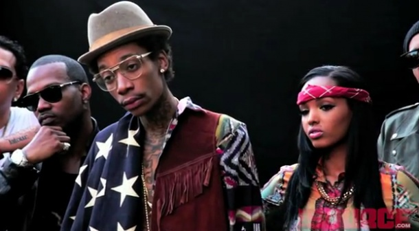 Juicy J – Bandz A Make Her Dance (Remix) (feat. French Montana, Lola Monroe, Wiz Khalifa