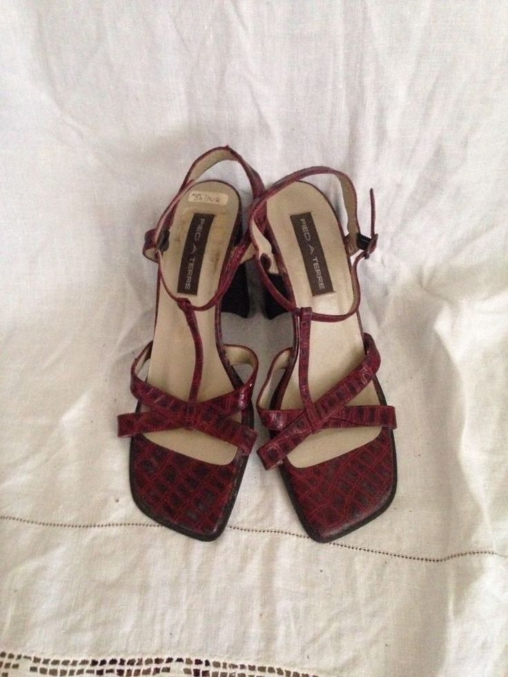 Beautiful pied a terre crocodile snake  effect 4 inch heels sandals size 40