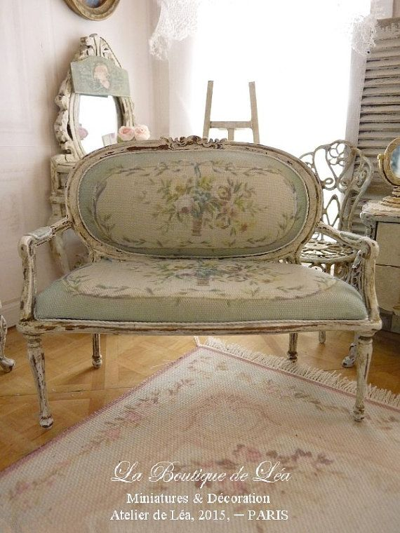 17 Best Ideas About French Sofa On Pinterest Antique Sofa Vintage Settee And French Living Rooms