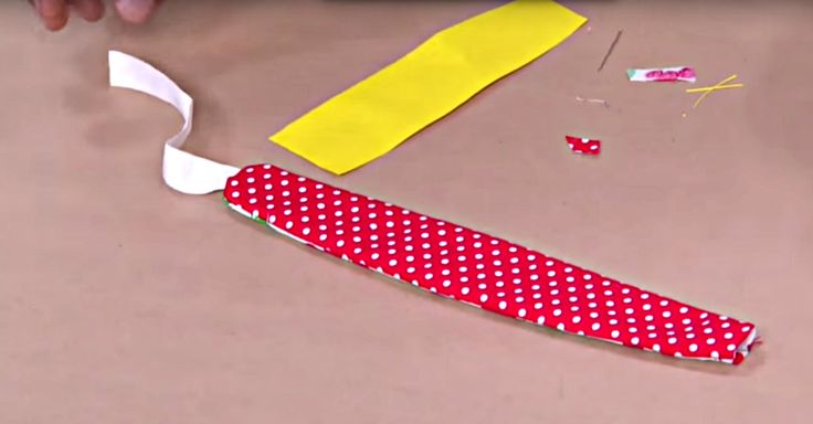 Turn Those Fabric Scraps Into Beautiful Headbands In A Matter Of Minutes!