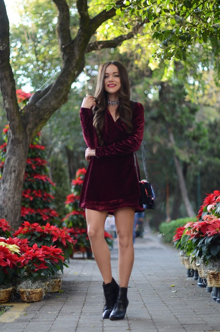 Which christmas gown ideas with holed - Three Cute Christmas Outfit Ideas