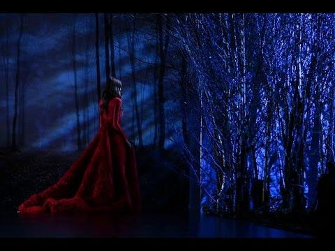 #Ralph & #Russo fall Winter 2015-16 #Fashion #Show