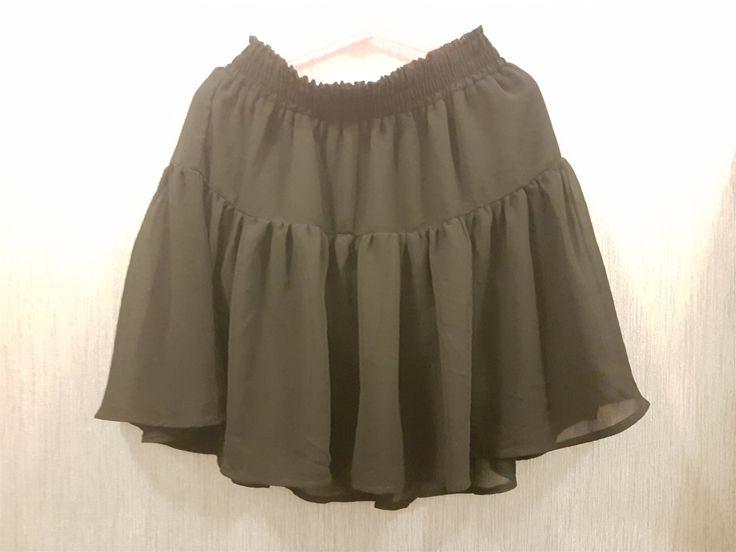 Annons på Tradera: Söt kjol från H