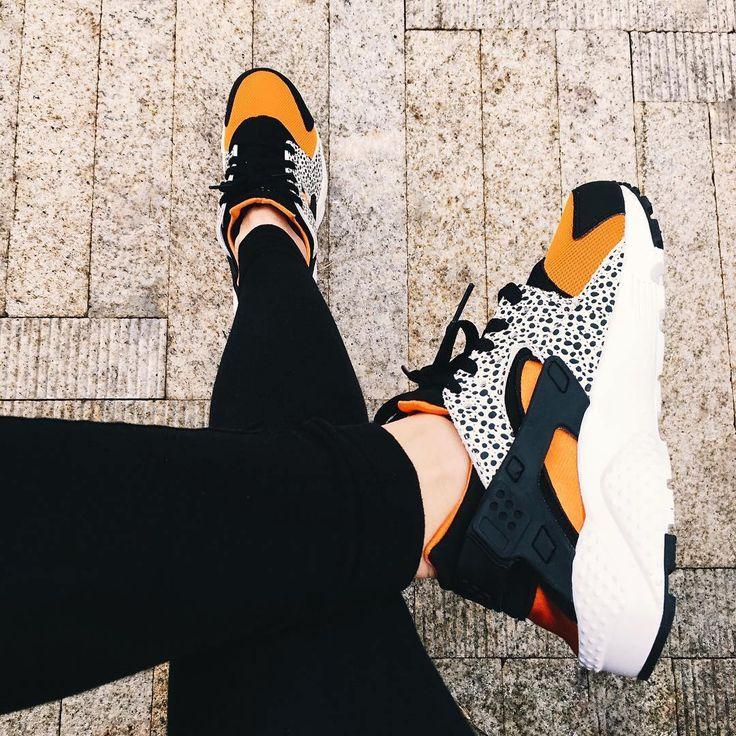 Sneakers femme - Nike Air Huarache Safari (©alysouv)