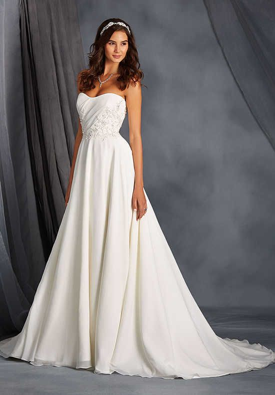 Alfred Angelo Signature Collection 2562 Wedding Dress photo