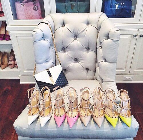 Image via We Heart It https://weheartit.com/entry/165655792/via/9209546 #apartment #armchair #background #blue #closet #Couture #designer #famous #fashion #girly #handbag #heels #leather #photography #rich #shoes #style #walk-incloset #intsagram