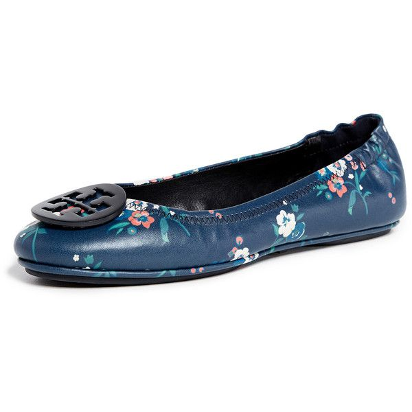 Tory Burch Minnie Travel Ballet Flats ($230) ❤ liked on Polyvore featuring shoes, flats, pansy bouquet, leather ballet shoes, floral ballet flats, shiny leather shoes, floral print flats and travel flats