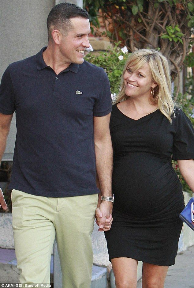 Reese Witherspoon and her husband Jim Toth have welcomed a son called called Tennessee James