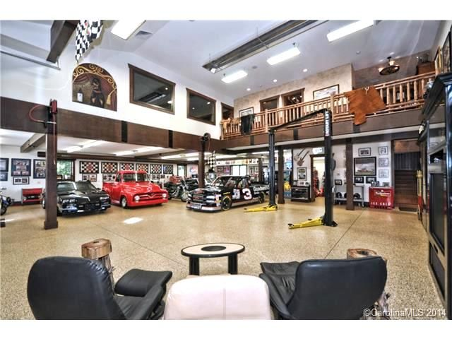 Man Cave Garage Rental : Man cave dream garage luxury