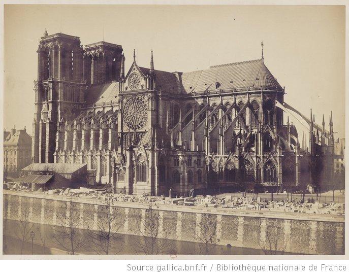 [Notre Dame de Paris vue de côté, depuis la rive gauche] : [photographie] / [Attribué à Gustave Le Gray] - 1857