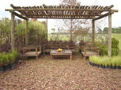 Jardines p casas rusticas terrazas - Pergolas de troncos ...
