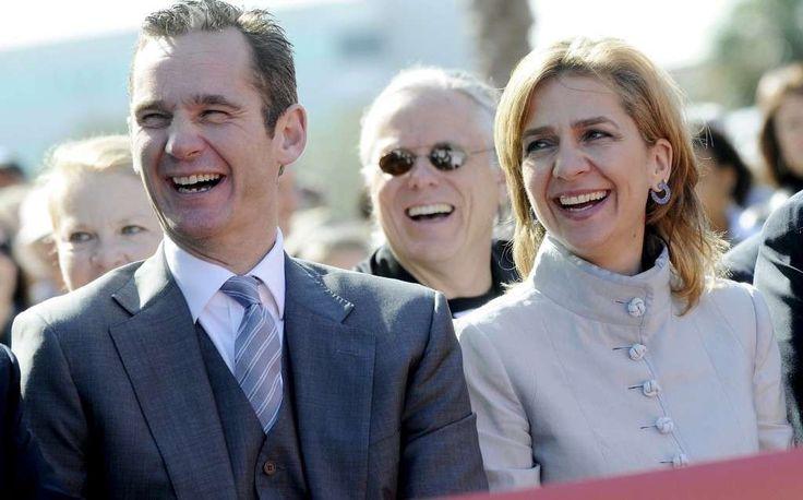 La infanta Cristina reclama su dinero; el día reclamará la devolución de más de  300.000 euros http://www.eldiariohoy.es/2017/07/la-infanta-cristina-reclama-su-dinero-el-dia-reclamara-la-devolucion-de-mas-de-300.000-euros.html?utm_source=_ob_share&utm_medium=_ob_twitter&utm_campaign=_ob_sharebar #españa #politica #gente #denuncia #corrupcion #pp #Spain #rajoy #infanta #CristinadeBorbon #urdangarin #reyes #monarquia #injusticia #justicia #leyes #noos #casonoos