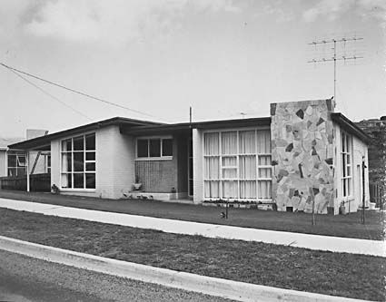 Neil MURRAY, Modern Brick Veneer, Balwyn 1959