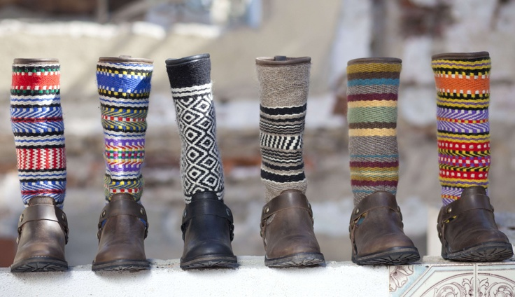 These boots are decorated with typical Portuguese wool blankets, handmade, and this collection reflects the tradition, history and uniqueness.