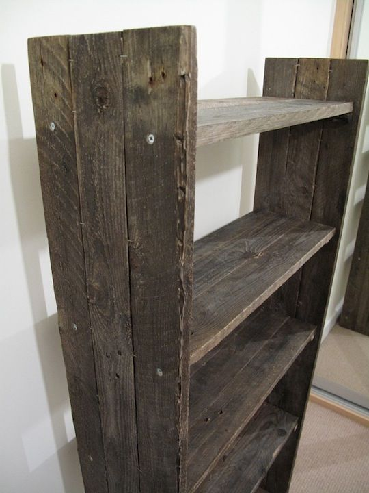 557 best images about pallet bookcases bookshelves on for Reclaimed wood bookshelf diy