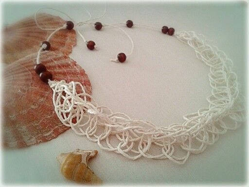 Collana di spago / necklace handmade with string