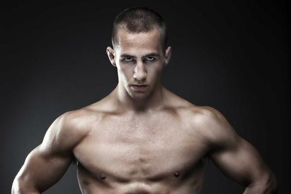 Rory MacDonald. The Canadian Psycho, a true top Welterweight contender. In a stacked welterweight division with no flaws in his game. He has kept a record of 18 wins and 2 losses. This has not been easy wins. Wile building a name for himself he went against impressive names like Tyron Woodley, Demian Maia, Jake Ellenberger, BJ Penn, and Nate Diaz. Next to GSP he is the greatest Canadian in MMA history. With a chilling dominant performance and dramatic TKO's. He is not one to be trifled with
