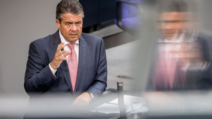Merkel: Letzte Rede im Bundestag, Gabriel giftet gegen Guttenberg - Politik Inland - Bild.de
